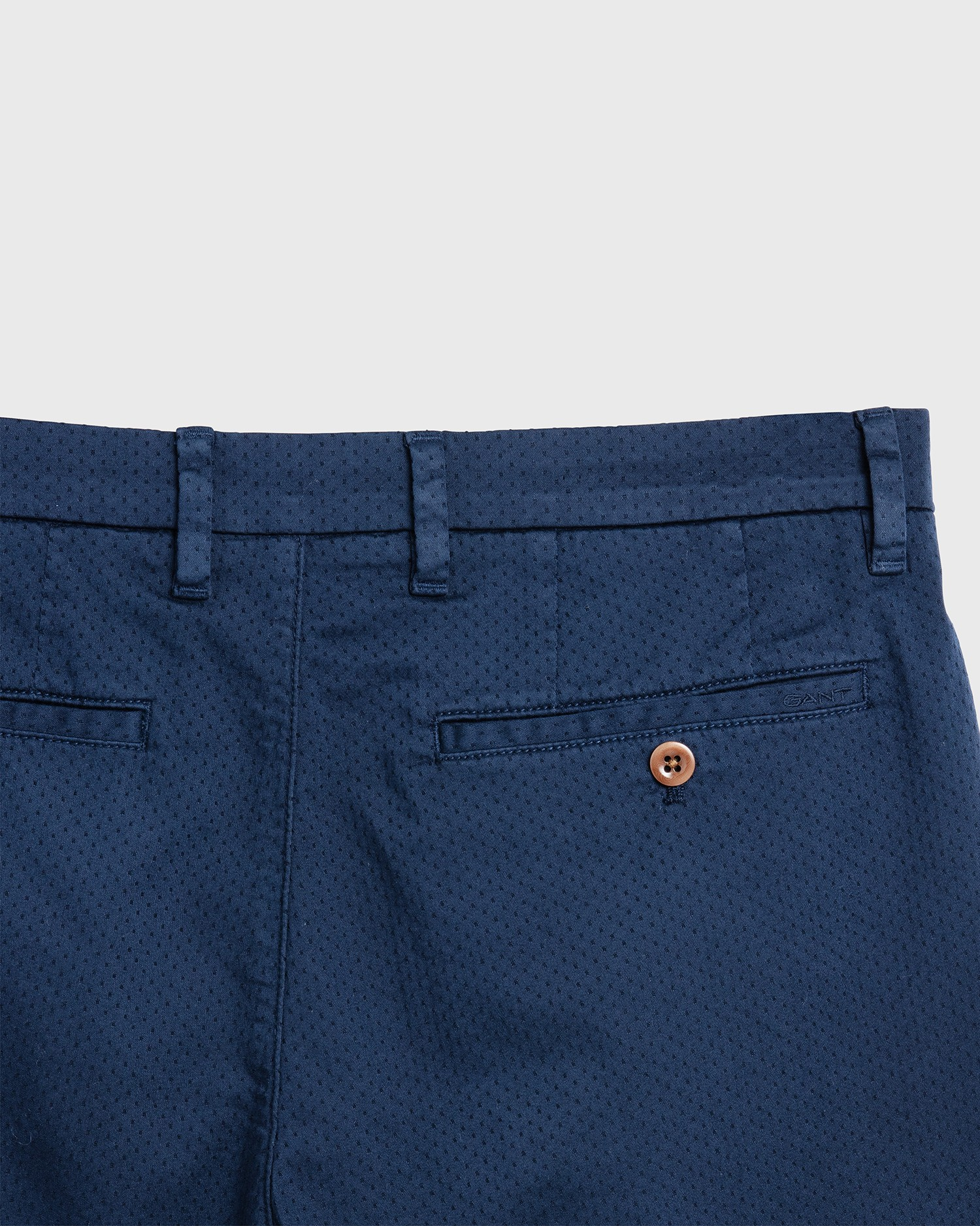 GANT Men's Diamond Dobby Short - 205015