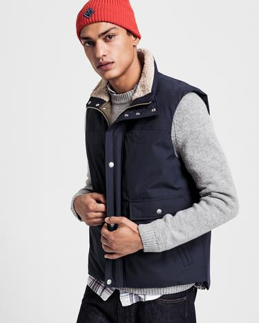 GANT Men's Weekend Vest - 7006007